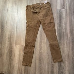 Levi's olive jeans